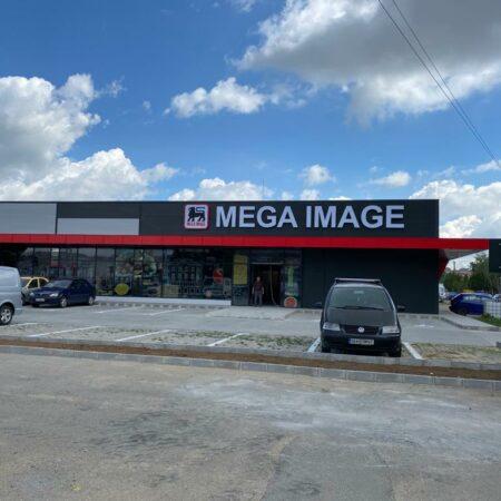 mega image cover